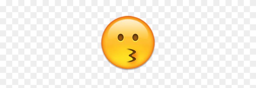Ios Emoji Kissing Face - Kissing Emoji PNG